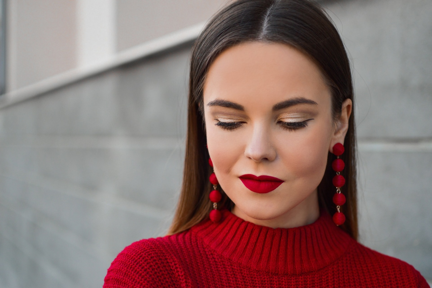 Top Winter Makeup Trends For 2020: No to Doom and Gloom