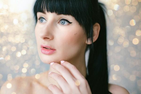 Try These Easy Eyeliner Tricks For Strikingly Bigger Eyes