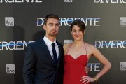 Shailene Woodley and Theo James