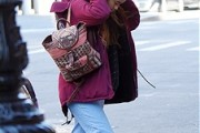 Malia Obama Wears Casual Outfits to Internship Proves that She is Fashionable & Down-to-Earth at the Same Time