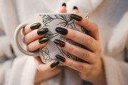 Best Nail Polish Colors For A Stylish Manicure This Fall 2019