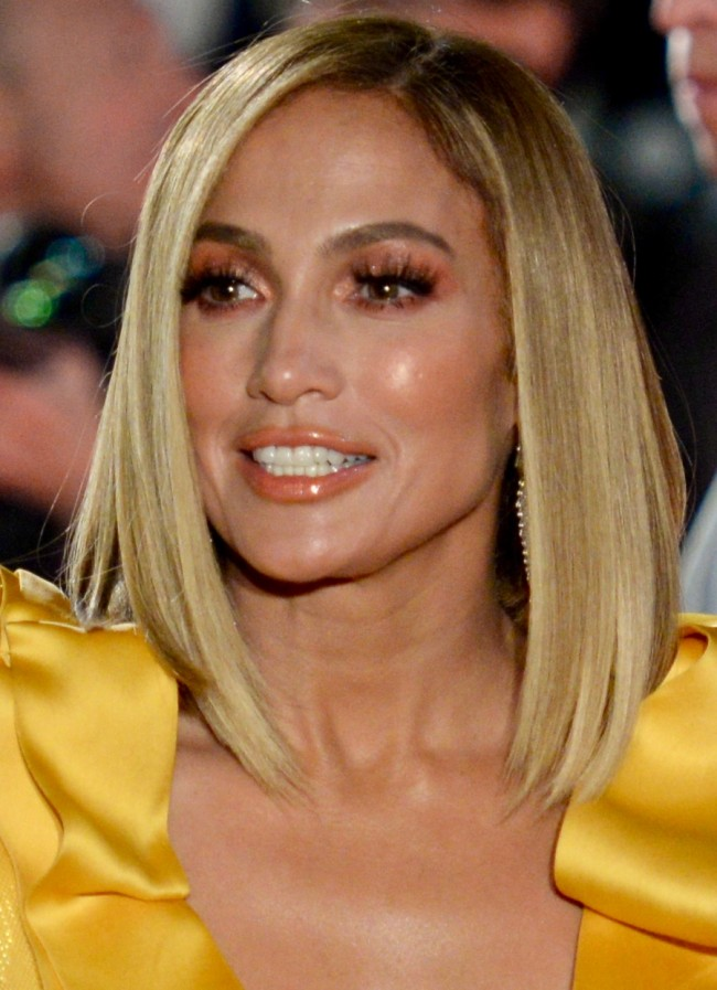 Jennifer Lopez With Her Sleek Seasonal Long Bob