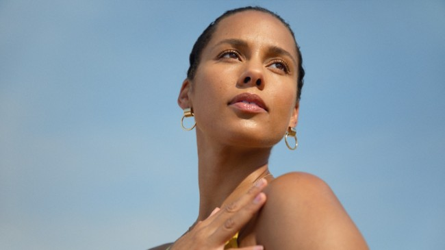 Alicia Keys Is Ready To Launch Her Cruelty-free Skincare Brand This Holiday Season
