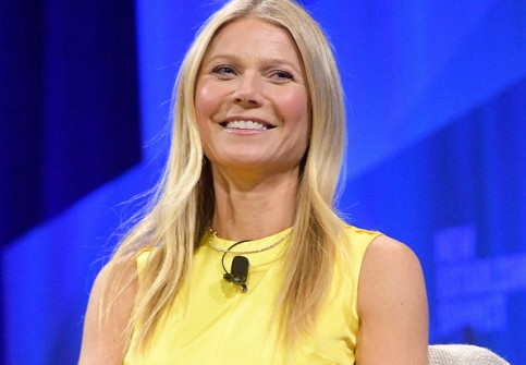 Gwyneth Paltrow Exudes Confidence On Her Birthday, It's Body Butter Effect!