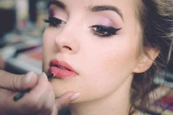 Top 5 Budget Friendly Brown Eyeliners for Subtle Cat Eyes